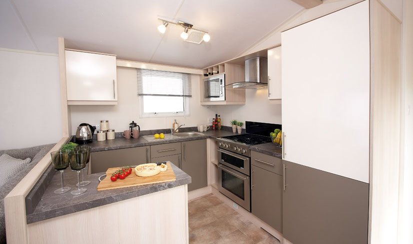 Atlas Heritage 4 (2017) holiday home kitchen