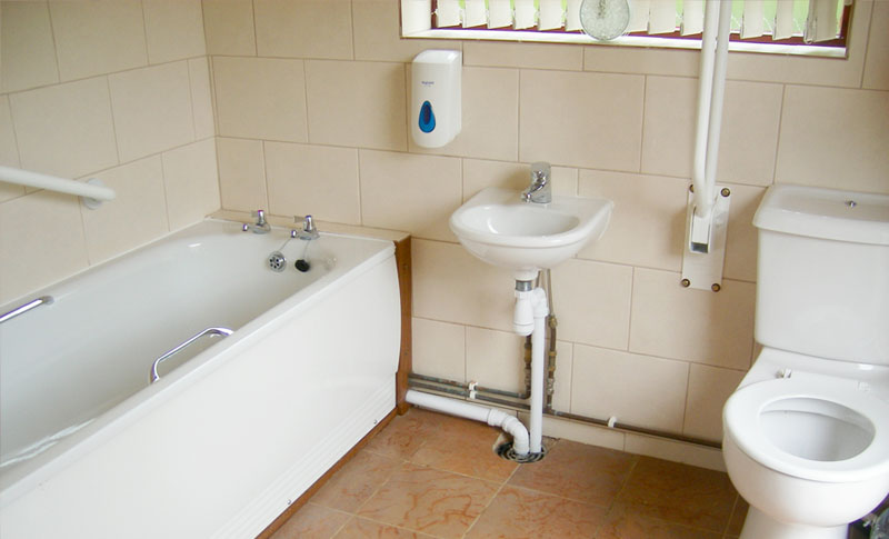 disabled family bathroom facility at Golden Square Caravan Park